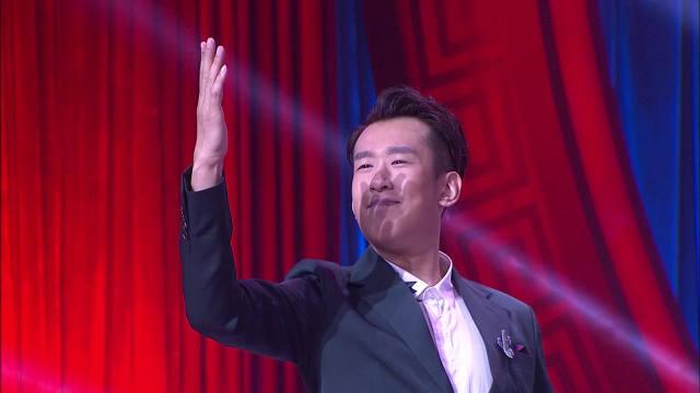 【视频】大长脸当上导师,携手潘长江、蔡明、巩汉林,点评喜剧小品