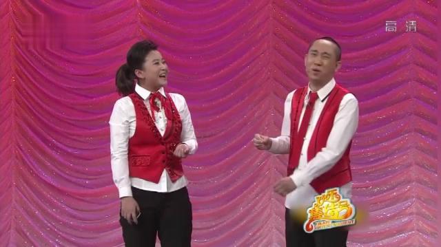 【视频】小品:贾玲接连模仿林黛玉和方世玉,呆萌的动作逗得观众笑个不停